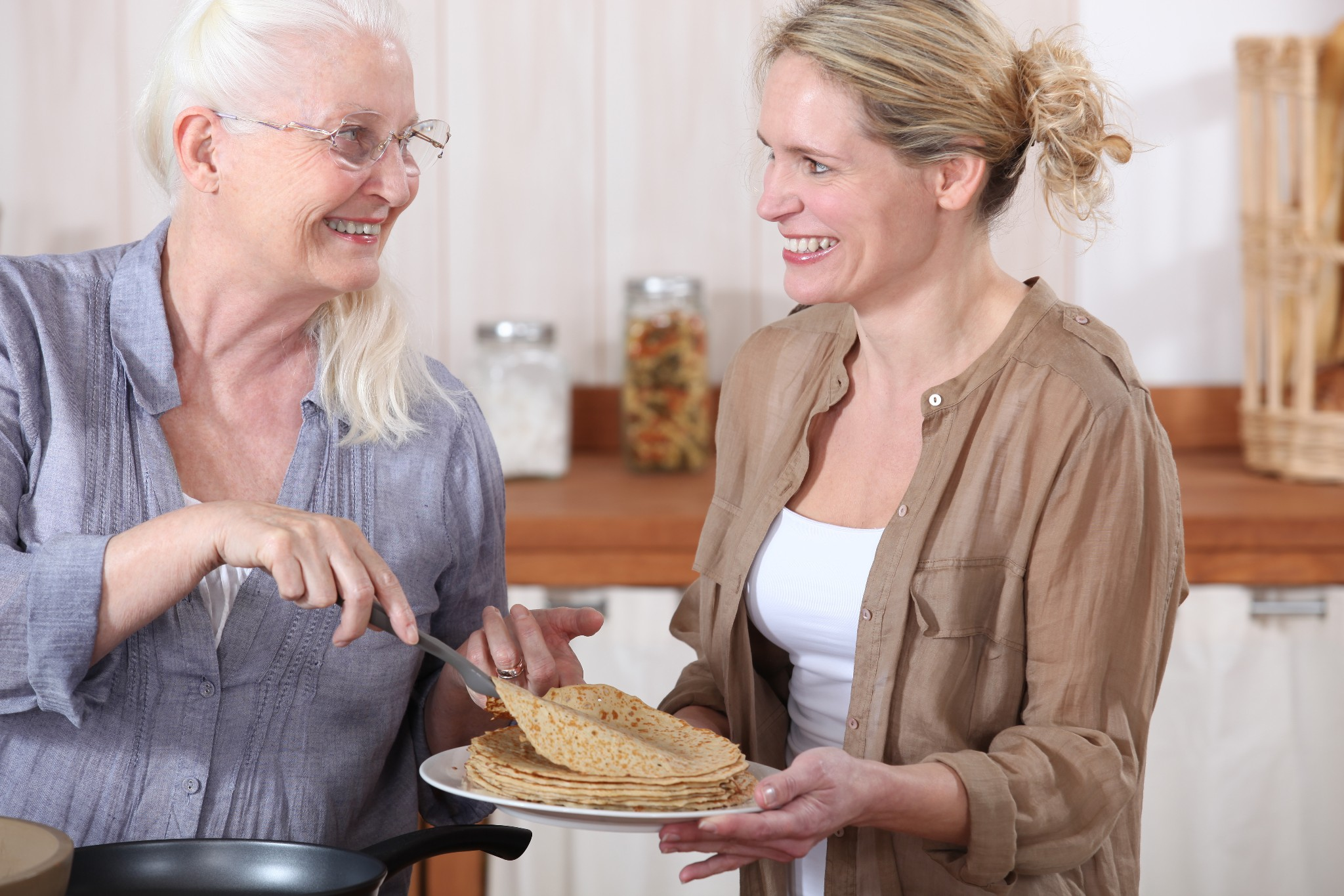 A Good Meal Provides More than Nutrition for Seniors